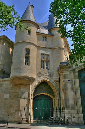 Hotel de Rohan, torres do palácio dos príncipes de Lorena, Paris, castelos medievais